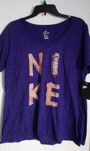 Nike short sleeve Tee